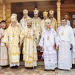 Архиєрейська Божественна Літургія та освячення музею у селі Старуня